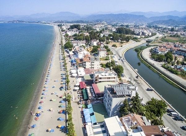fethiye-stranden-mooie-badplaats-turkije