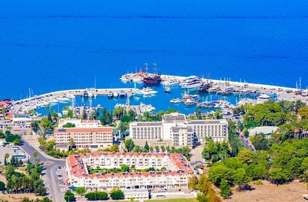 kemer-turkije-vakantie-leuk-badplaats-strand